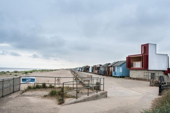 beach hut sandilands