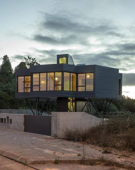 Projekt Domu Jednorodzinnego Który Kręci Się Razem Ze Słońcem